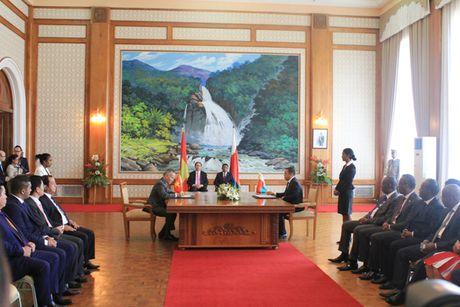 Chu tich nuoc Tran Dai Quang hoi dam voi Tong thong Madagascar - Anh 3