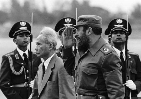 Nhung hinh anh an tuong nhat ve Nha cach mang Fidel Castro - Anh 7