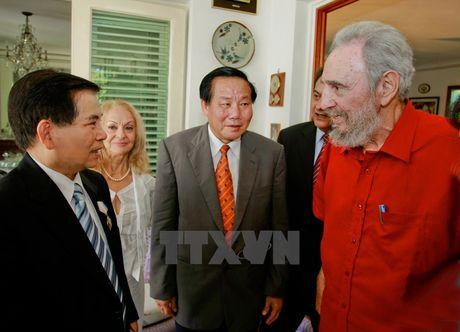 Lanh tu Cuba Fidel Castro voi cac vi lanh dao Viet Nam - Anh 10