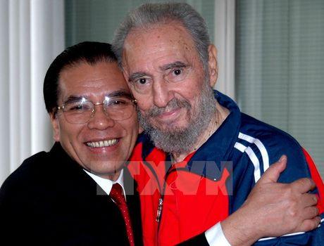 Lanh tu Cuba Fidel Castro voi cac vi lanh dao Viet Nam - Anh 9