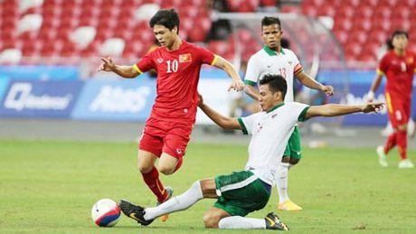 Viet Nam vs Campuchia: Cong Phuong lan dau da chinh? - Anh 1
