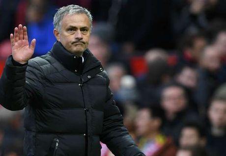 Loi nguyen am Mourinho, M.U khong the lot Top 5 - Anh 1