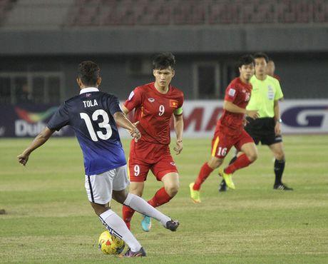 Diem tin toi 26/11: Cong Phuong ra san 18 phut, Cong Vinh vuot Neymar, DT Viet Nam hen Thai Lan o chung ket - Anh 1