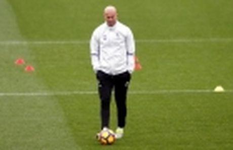 Luis Enrique: Toi chang quan tam Pep va Mourinho noi gi - Anh 2
