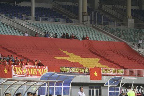 Que Ngoc Hai khien 'Messi Campuchia' tat dien nhu the nao? - Anh 9