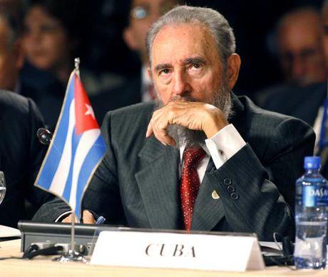 Hinh anh dang nho ve lanh tu Cuba Fidel Castro - Anh 11