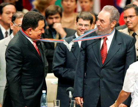 Hinh anh dang nho ve lanh tu Cuba Fidel Castro - Anh 2
