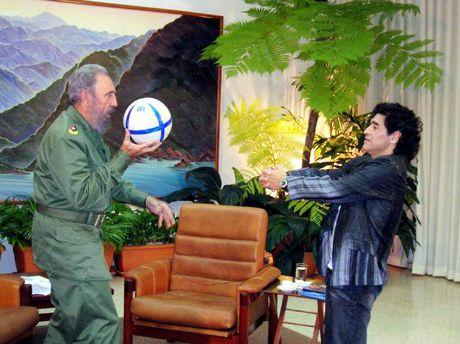 Hinh anh dang nho ve lanh tu Cuba Fidel Castro - Anh 8