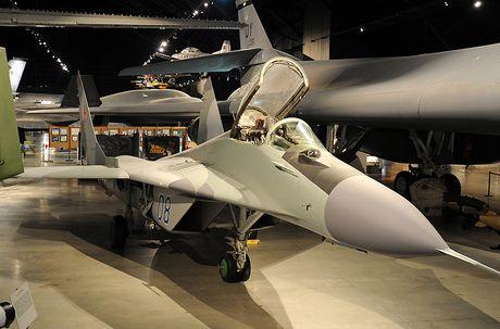 Tuong tan huyen thoai tiem kich MiG-29 do Ivan Mikoyan sang che - Anh 4