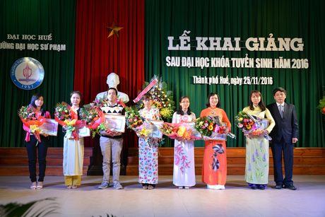 Truong Dai hoc Su pham Hue Khai giang sau dai hoc nam 2016 - Anh 1