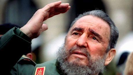 Vinh biet Chu tich Fidel Castro, mot chinh tri gia yeu bong da - Anh 1