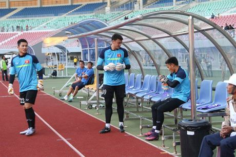 TRUC TIEP AFF Cup 2016: Dinh Luat bi phat the do - Anh 11