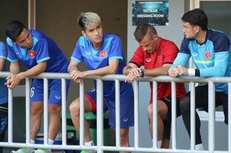 TRUC TIEP AFF Cup 2016: Dinh Luat bi phat the do - Anh 8