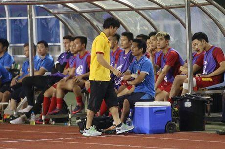 HLV Huu Thang: 'Cong Phuong se hieu vi sao bi thay ra' - Anh 1