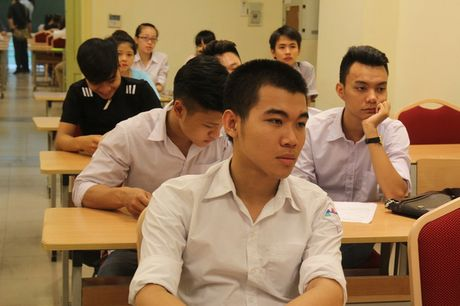 Thi THPT Quoc gia: Lo lang voi bai thi mon Giao duc cong dan - Anh 1