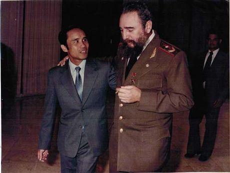 "Nghe ""con nuoi Fidel"" ke chuyen - Anh 1"