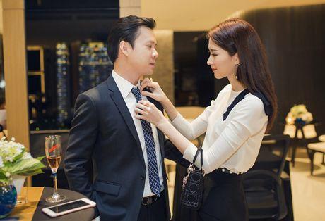 Thu Thao cong khai tinh tu voi ban trai dai gia trong su kien - Anh 2
