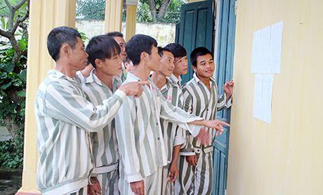 Chuyen cam dong ghi tai Trai giam so 3 truoc ngay dac xa - Anh 1