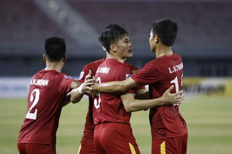 AFF Cup: Cong Vinh ghi ban thu 51, so 1 Dong Nam A - Anh 5