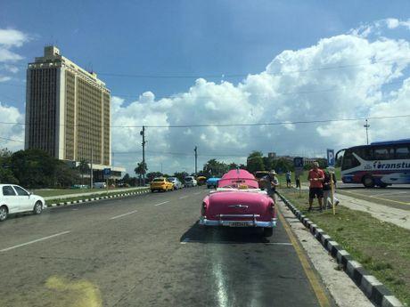 Den dat nuoc Cuba, thay tu hao vi minh la nguoi Viet! - Anh 3