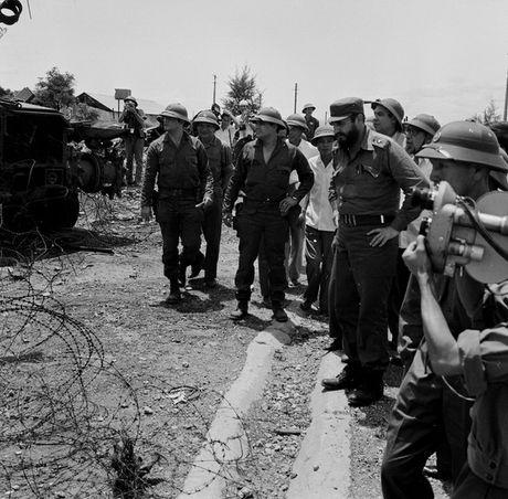 Nhung hinh anh khong the nao quen khi Fidel Castro den Viet Nam - Anh 4