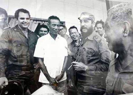 Nhung hinh anh khong the nao quen khi Fidel Castro den Viet Nam - Anh 5