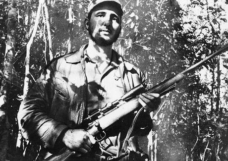 Nhung buc anh lich su ve cuu chu tich Cuba Fidel Castro - Anh 6