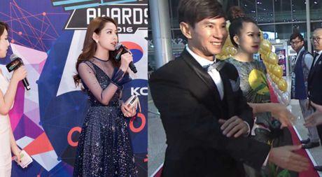 Vo chong Ly Hai-Minh Ha, Chi Pu gay an tuong tren tham do WebTV Asia Awards 2016 - Anh 1