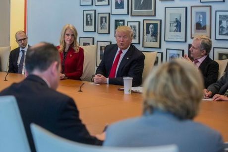 Donald Trump se uu dai dac biet cho Apple khi chuyen ve My - Anh 1