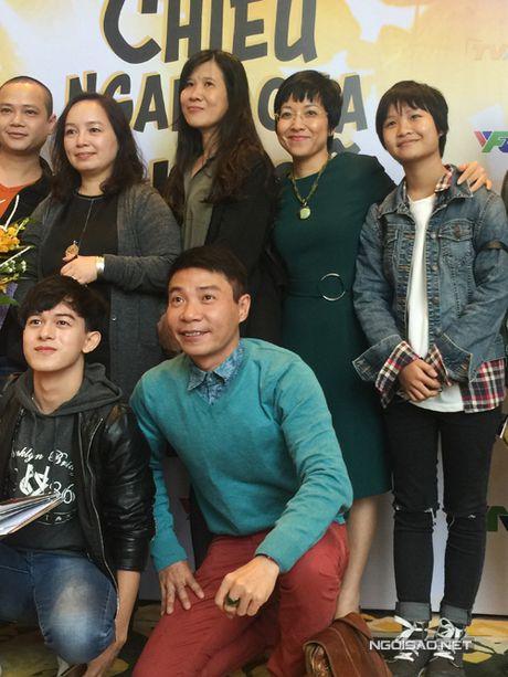 Thao Van hoi ngo voi con rieng va ban gai moi cua Cong Ly - Anh 4