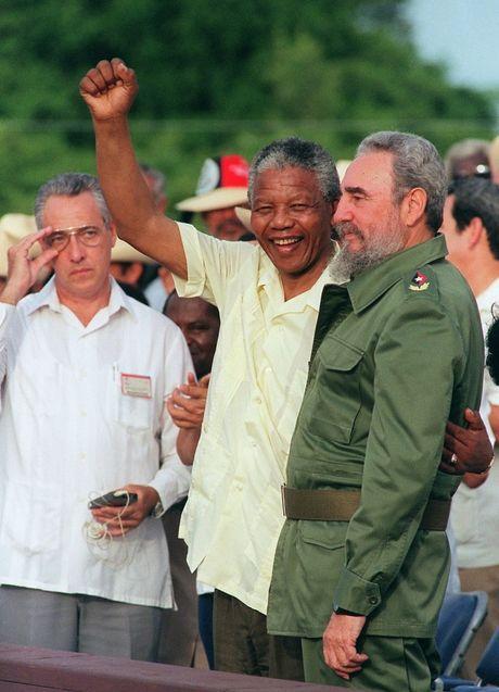 Cuoc doi nhieu thang tram cua lanh tu Fidel Castro qua anh - Anh 12