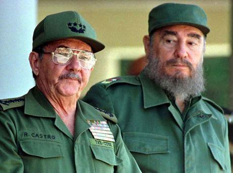 Cuoc doi nhieu thang tram cua lanh tu Fidel Castro qua anh - Anh 14