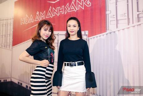 Yen Trang - chien binh 'tai sac ven toan' cua The Remix Generation 2017 - Anh 1