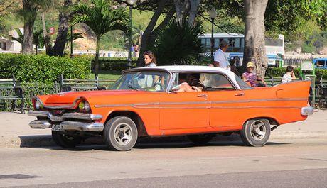 Xe co ve dau khi My-Cuba binh thuong hoa quan he - Anh 4