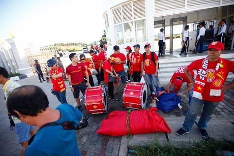 Truc tiep DT Viet Nam – Campuchia: Viet Nam mat nguoi tu rat som - Anh 5