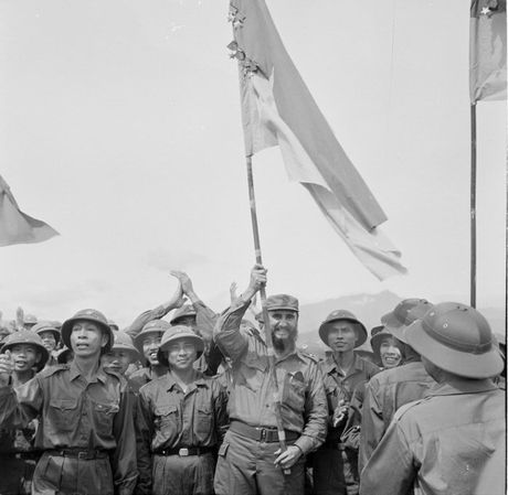 Lanh tu Fidel Castro va moi than tinh voi Viet Nam - Anh 4