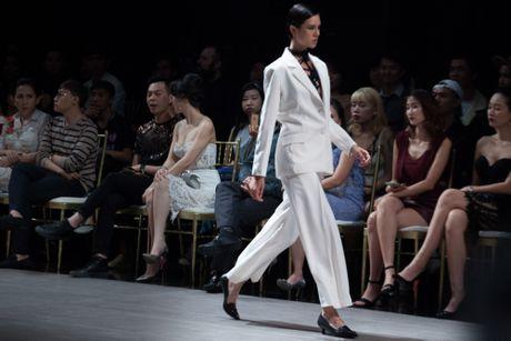Sieu mau Thanh Hang khoac 'may' len san dien - Anh 6