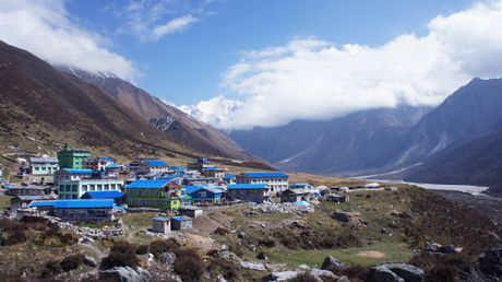 Phuot thu Viet di bo 3 ngay den ngoi lang xa xoi nhat Nepal - Anh 1