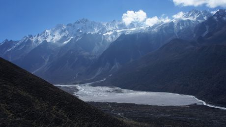 Phuot thu Viet di bo 3 ngay den ngoi lang xa xoi nhat Nepal - Anh 7