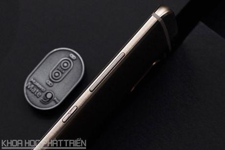 Can canh smartphone camera kep, man hinh cong, cau hinh cuc 'khung' - Anh 14