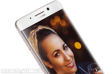 Can canh smartphone camera kep, man hinh cong, cau hinh cuc 'khung' - Anh 26
