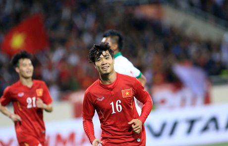 Viet Nam vs Campuchia: Ngoi dau va giu chan - Anh 2