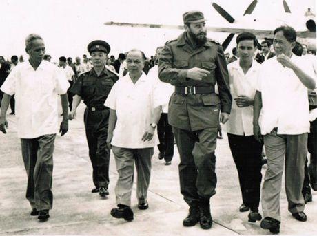 Nhung ky niem cua lanh tu Cuba Fidel Castro voi Viet Nam - Anh 2