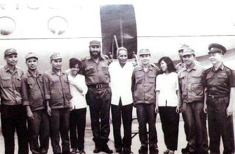 Rung rung CHUM ANH ve lanh tu Fidel Castro va Dai tuong Vo Nguyen Giap - Anh 4
