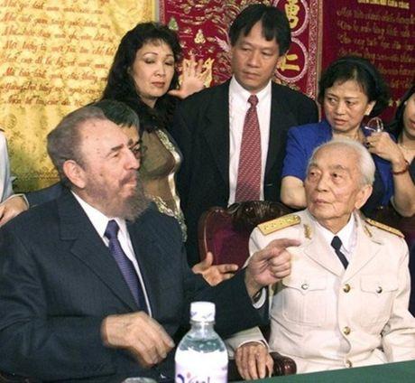 Rung rung CHUM ANH ve lanh tu Fidel Castro va Dai tuong Vo Nguyen Giap - Anh 6