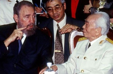 Rung rung CHUM ANH ve lanh tu Fidel Castro va Dai tuong Vo Nguyen Giap - Anh 8