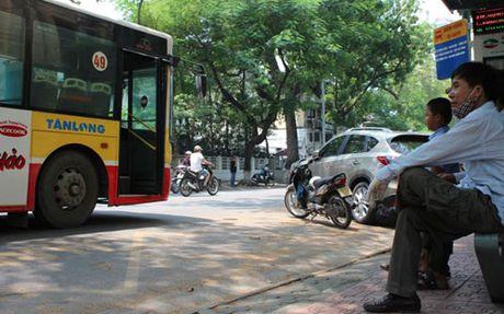 Un tac giao thong: Giai quyet van hoa chu khong phai cam doan - Anh 1