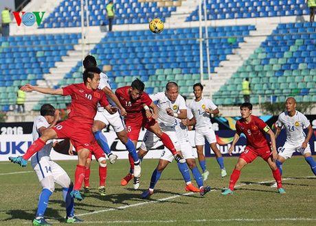 DT Viet Nam – Campuchia: Ngoi dau va 'em' quan vao ban ket AFF Cup - Anh 2