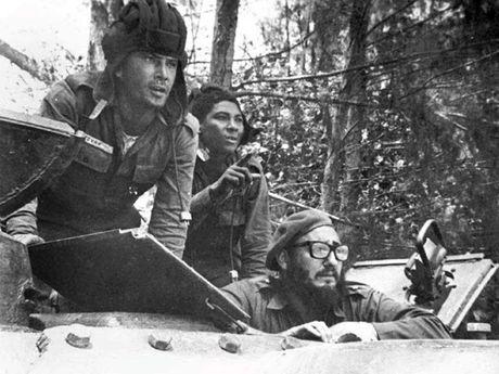 Hinh anh cuoc doi va su nghiep cua lanh tu Cuba Fidel Castro - Anh 10