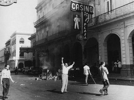 Hinh anh cuoc doi va su nghiep cua lanh tu Cuba Fidel Castro - Anh 7